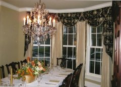 Regents Row Lake Forest Dining Room